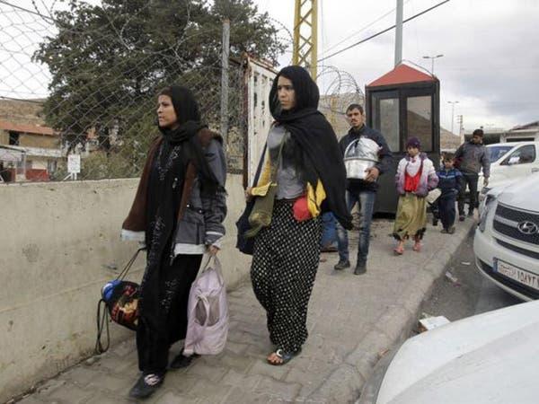 """خروج عشرات """"الحالات الإنسانية"""" من مخيم اليرموك"""