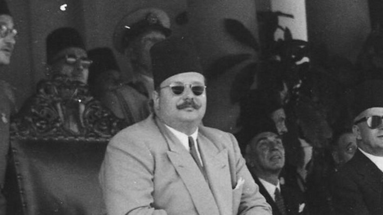 The overthrow of Egypt's King Farouk: a dramatic departure from
