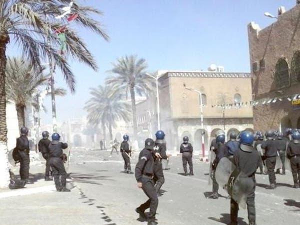 الآلاف يشيعون قتلى مواجهات طائفية جنوب الجزائر