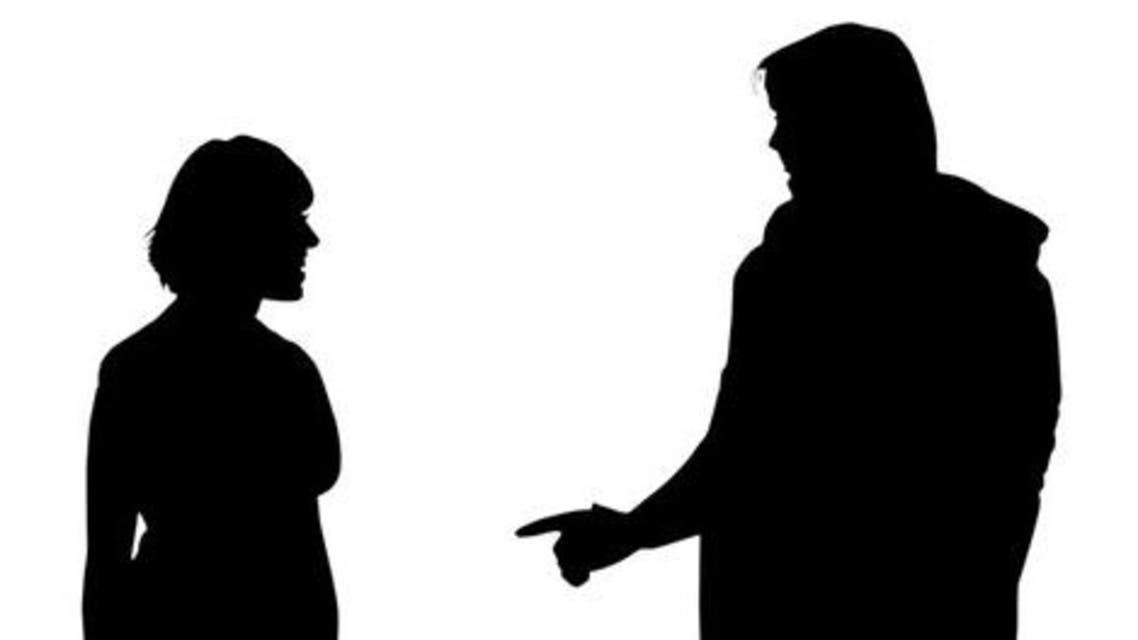 رجل وامرأة في الخيال الأسود