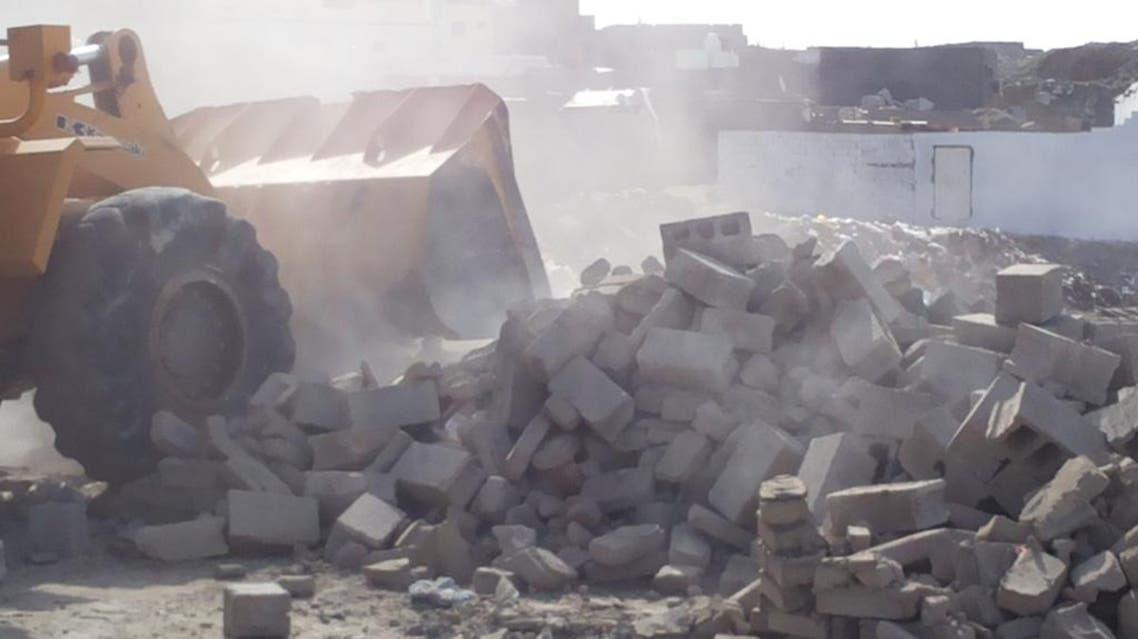 إصابة رجال أمن أثناء قيامهم بإزالة تعديات في مكة المكرمة