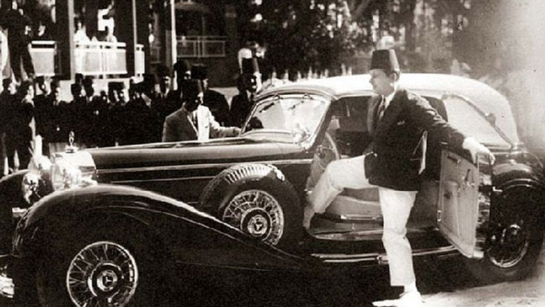 Farouk Getting Into His Mercedes Benz 540k A Wedding Gift From Adolf Circa 1938 Photo Courtesy Of Magda Malek Egyptianroyalty