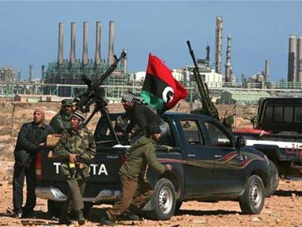 شيوخ قبائل برقة يضغطون لفك الحصار عن موانئ النفط