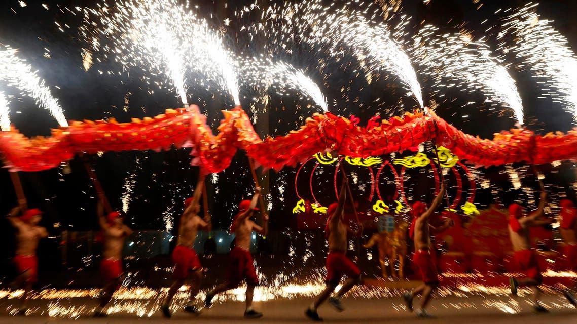 الصينيون يحتفلون بالسنة القمرية الجديدة