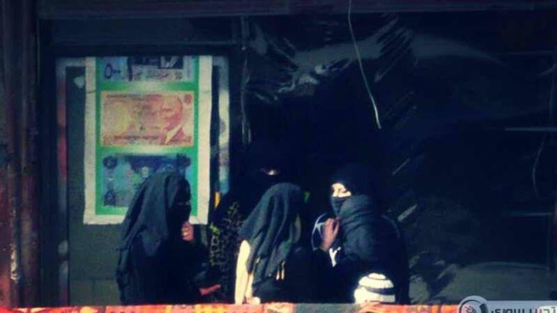 ظهور أول كتيبة نسائية داعشية في الرق