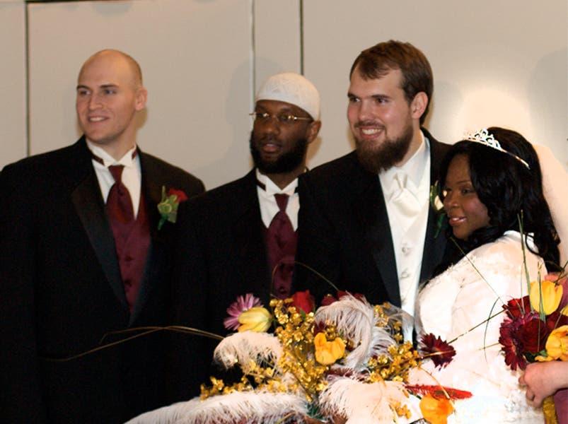 حفل زفاف سعودية مع اميركي