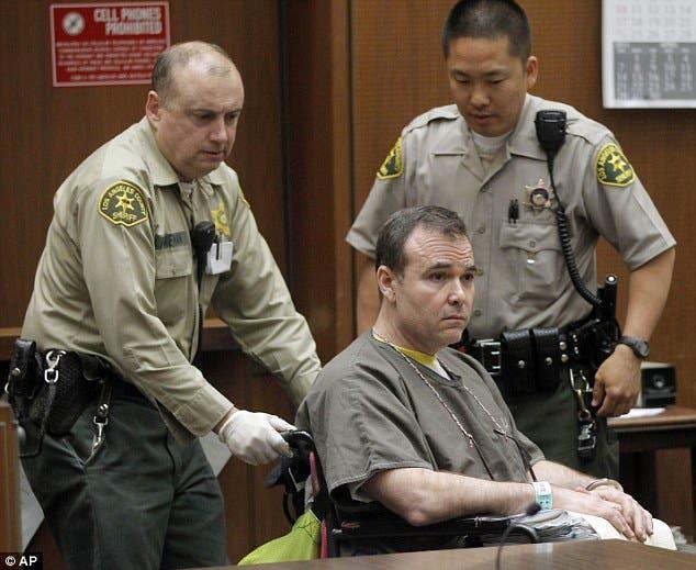 ديفيد فينز في المحكمة