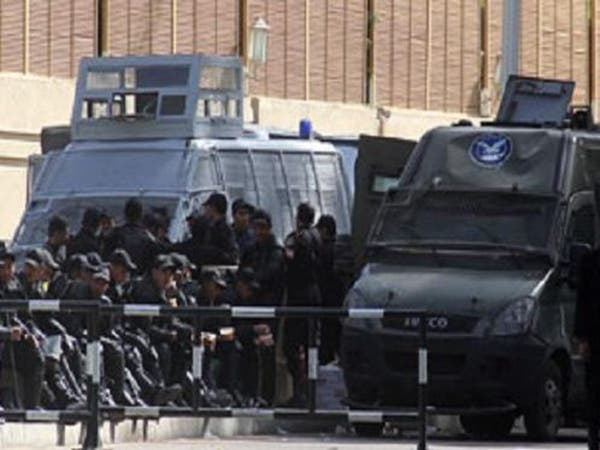 إصابة ضابطين في انفجار عبوة ناسفة بالقاهرة