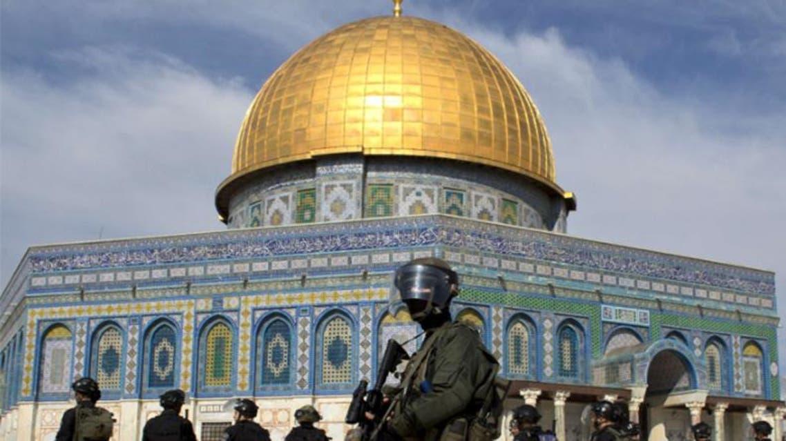 قوات الجيش الاسرائيلي تقتحم ساحات الحرم القدسي في القدس