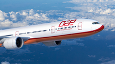 Dubai leasing firm DAE makes $1bn plane order