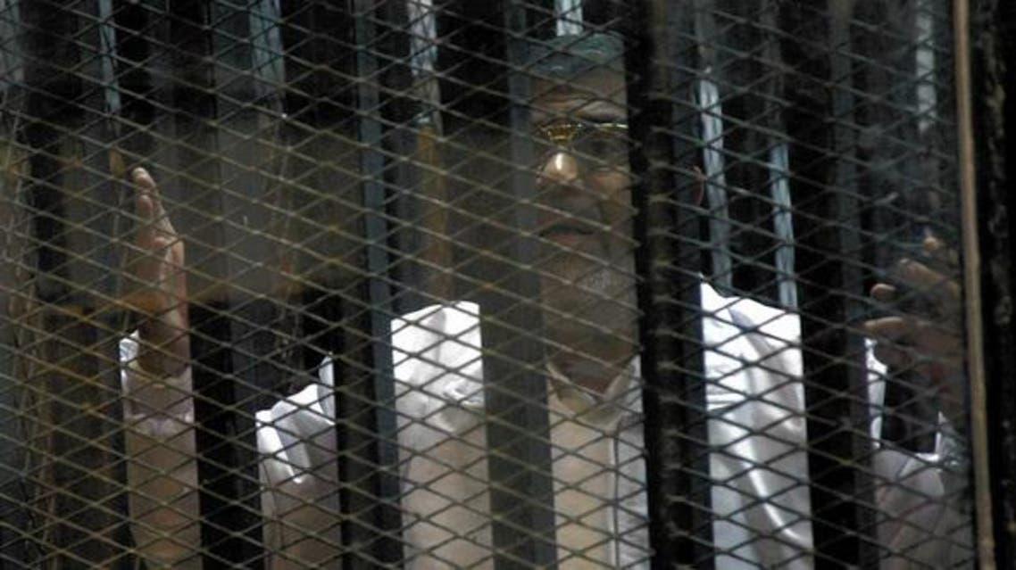 مرسی در قفس اتهام