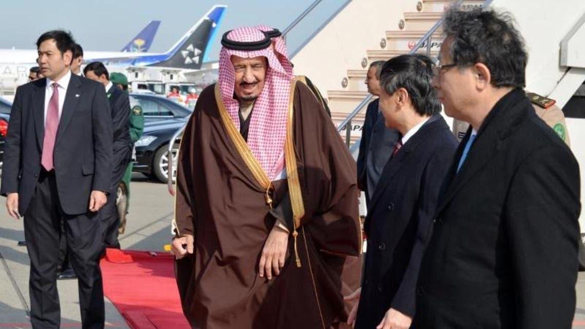 الأمير سلمان بعد وصوله إلى طوكيو