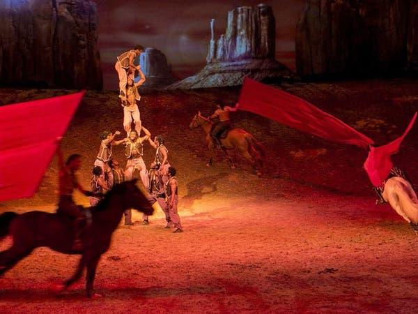 أبوظبي تستعيد تراثها باستعراض فني للخيول