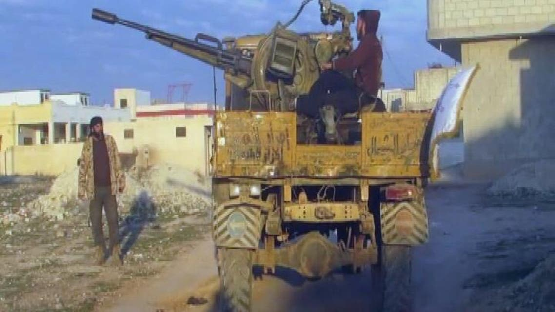 THUMBNAIL_ الحر يسيطر على الطريق الدولي الواصل بين حماه وإدلب