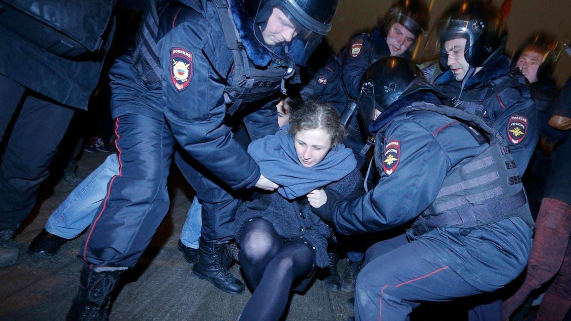 توقيف 200 روسي اعترضوا على سجن مناهضين لبوتين