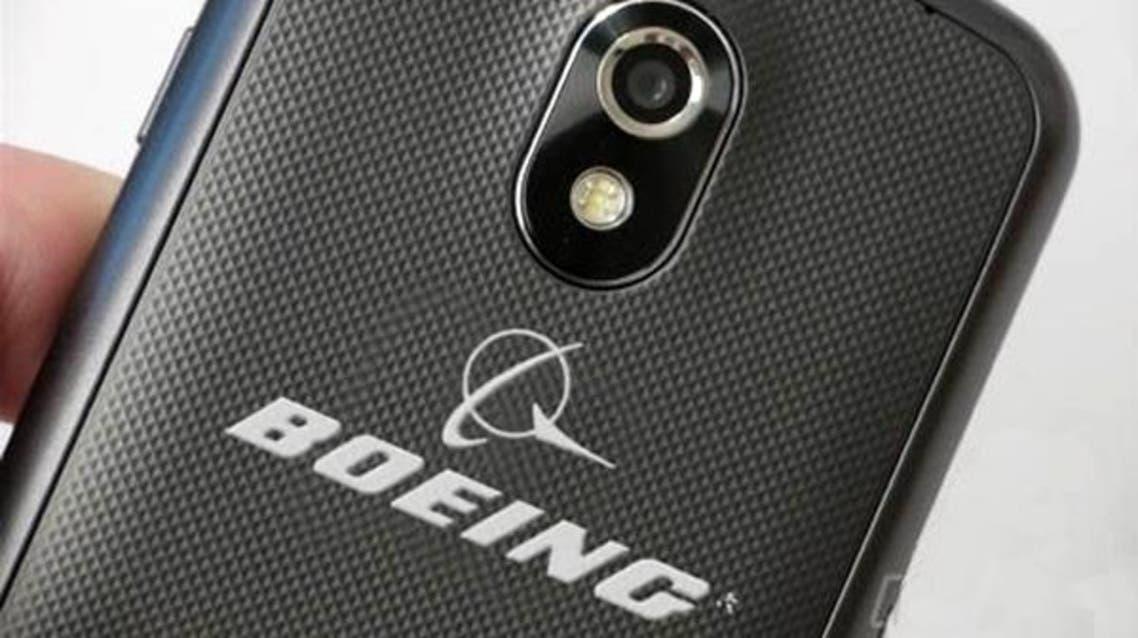 """بوينغ"""" تكشف عن هاتف ذكي لـ""""العملاء السريين"""
