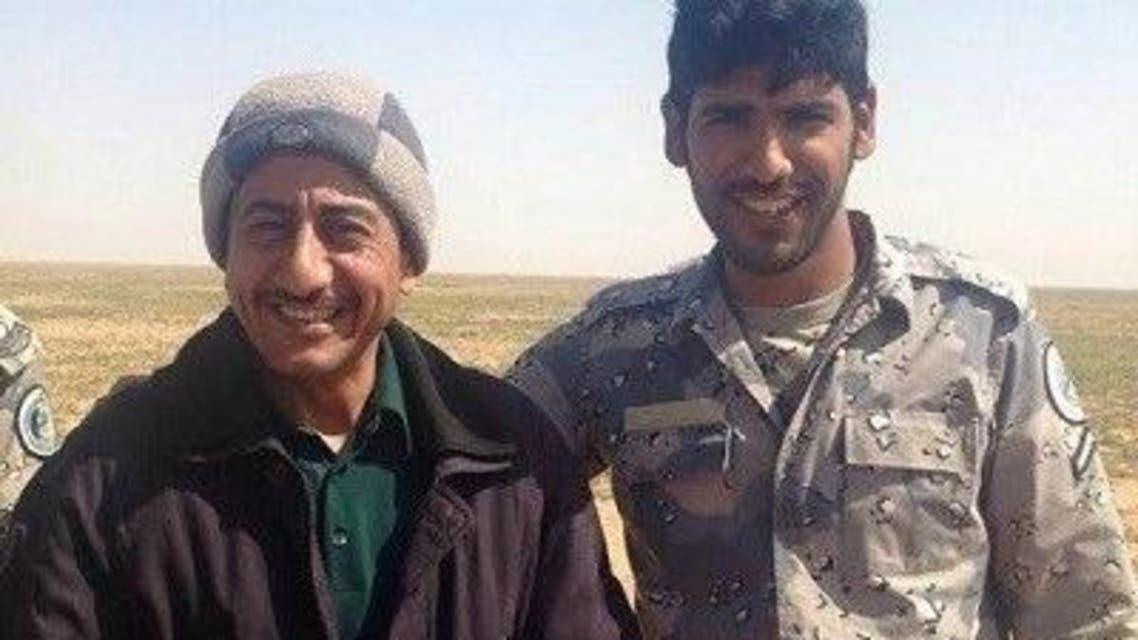 ناصر القصبي مع أحد عناصر حرس الحدود
