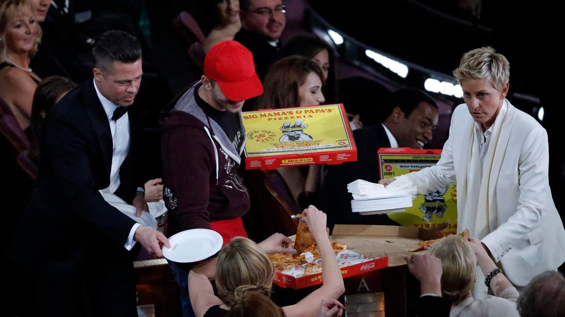 'Selfies' and pizzas at the Oscars