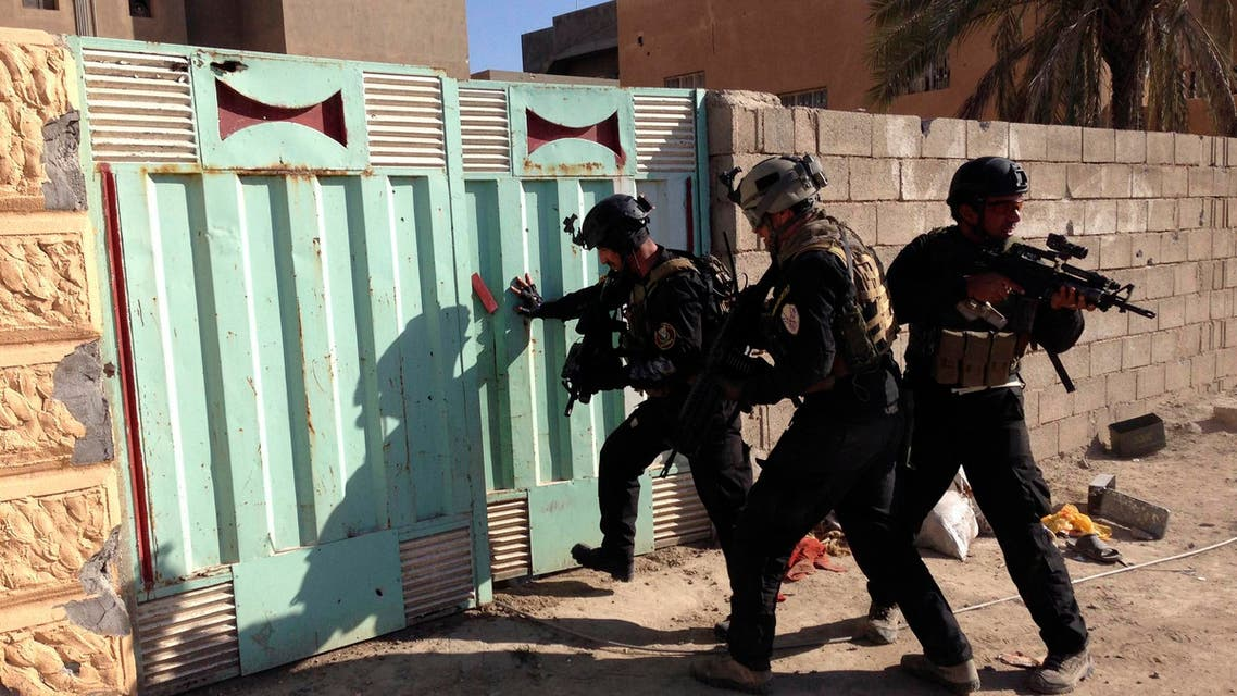 جانب من عمليات الجيش العراق لضرب داعش في الأنبار