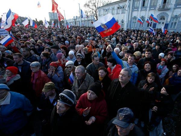 انفصاليو أوكرانيا يتشددون وروسيا تحشد على الحدود
