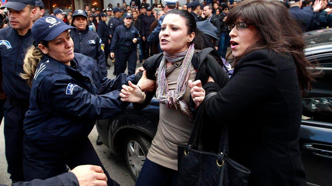 Algerians protest against Bouteflika