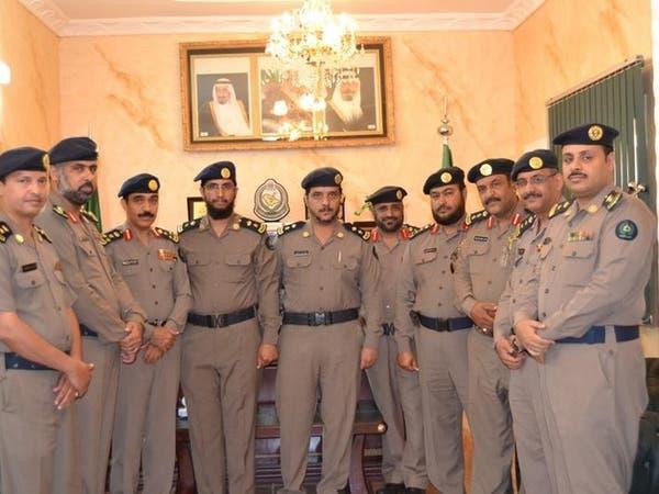 تقليد ضباط في الدفاع المدني بالطائف رتبهم الجديدة