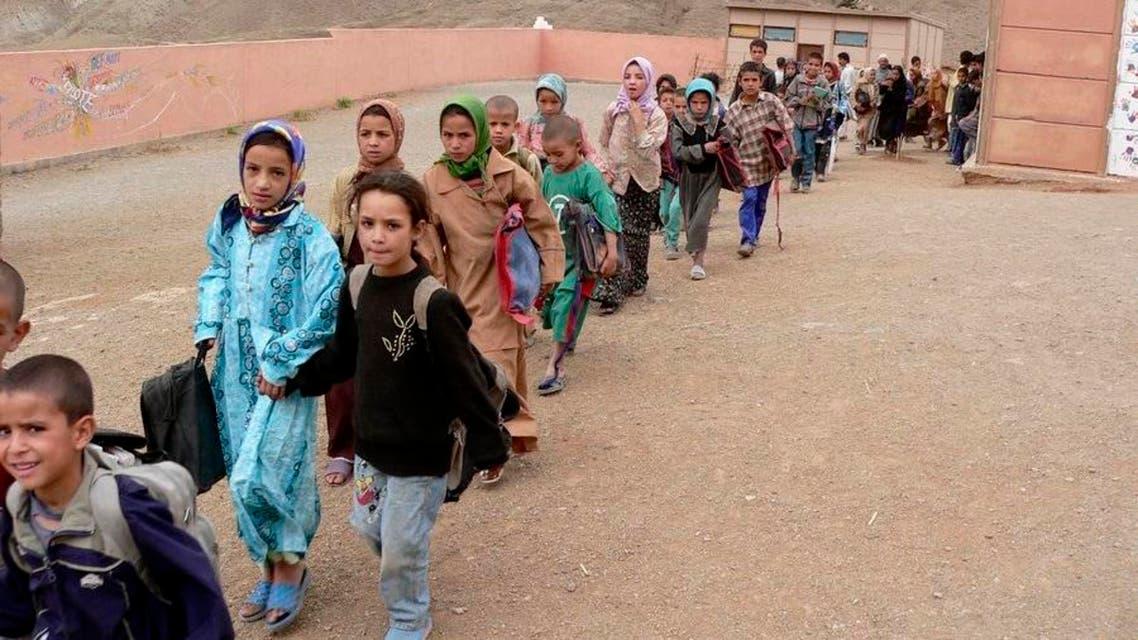 طلاب وطالبات اطفال مغربيات