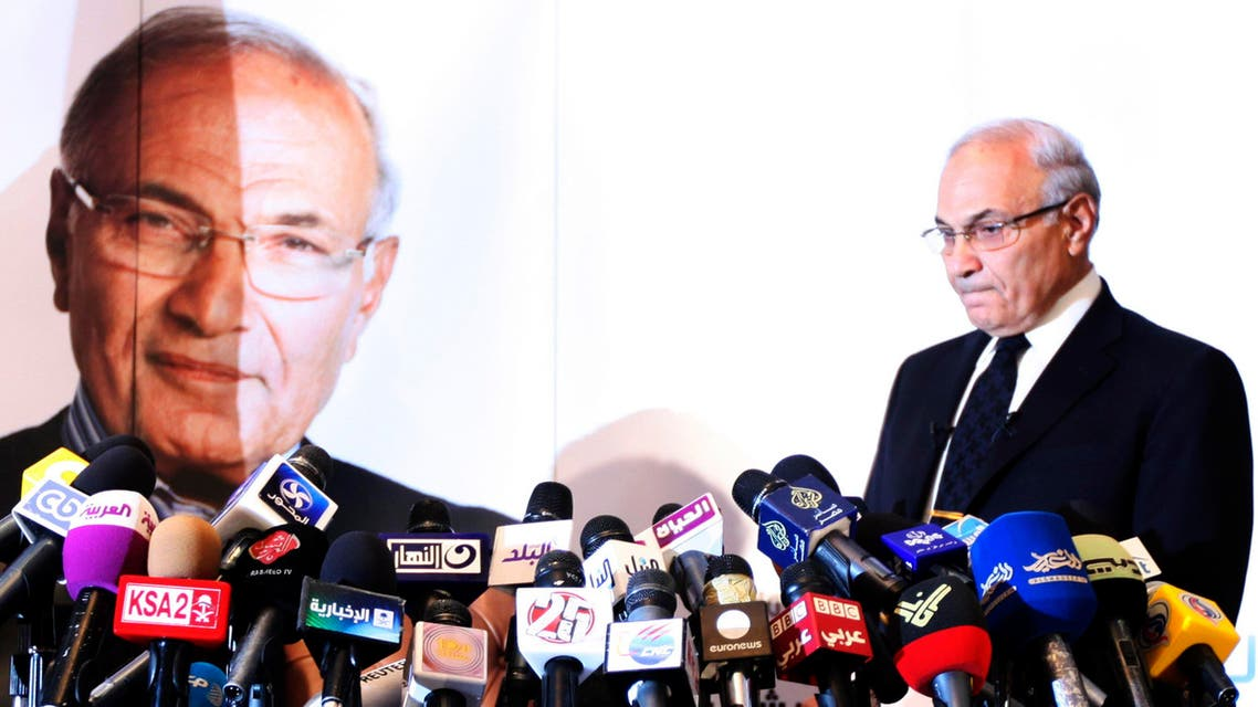 Former Egyptian Prime Minister Ahmed Shafiq reacts before a news conference in Cairo June 3, 2012. (Reuters)