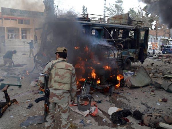 مقتل 32 مسلحاً بضربات جوية في باكستان