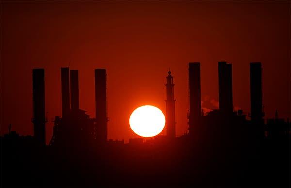 توقف محطة الكهرباء الوحيدة في غزة لنفاذ الوقود