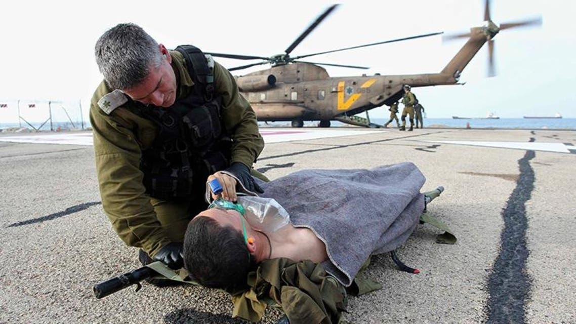نقل جنود مصابين بتفجير جيب عسكري اسرائيلي في الجولان