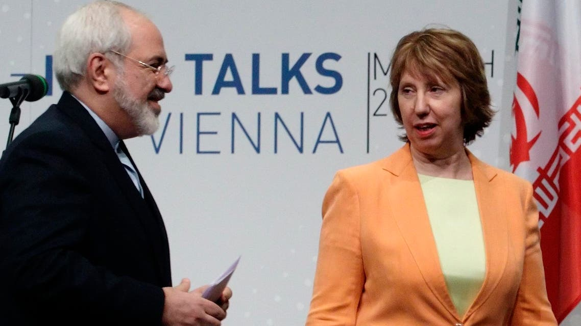 Iranian Foreign Minister Mohammad Javad Zarif (L) and European Union foreign policy chief Catherine Ashton leave a news conference in Vienna March 19, 2014. (Reuters)