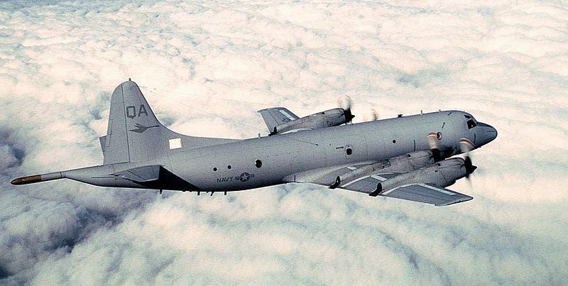 طائرة لوكهيد بي-3 أوريون التي انطلقت لاستطلاع الجسمين