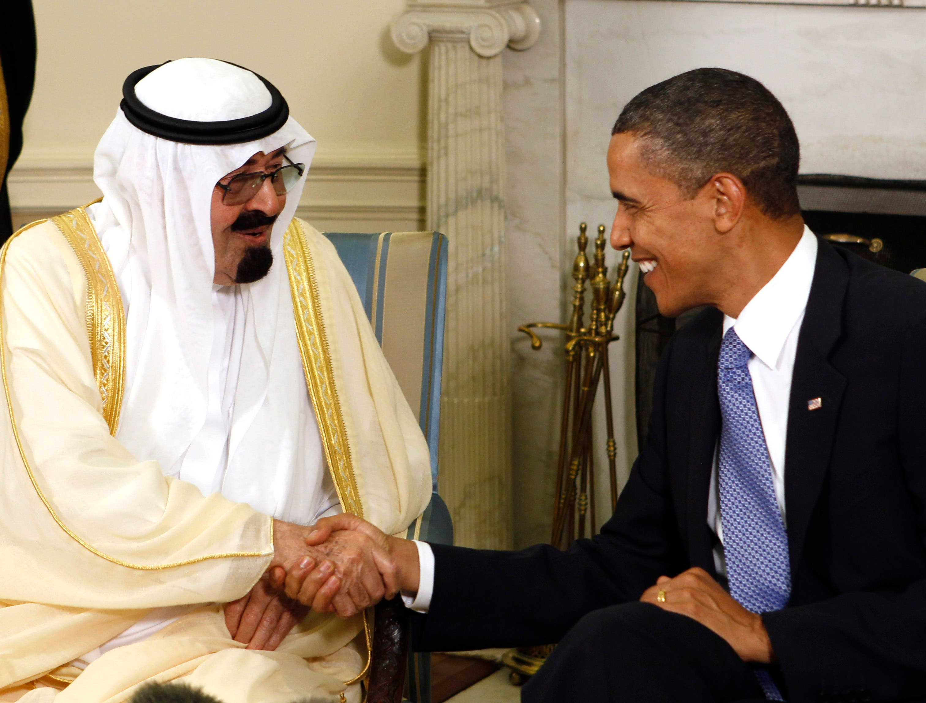 U.S. President Barack Obama (R) meets with King Abdullah of Saudi Arabia in the Oval Office of the White House in Washington June 29, 2010 reuters