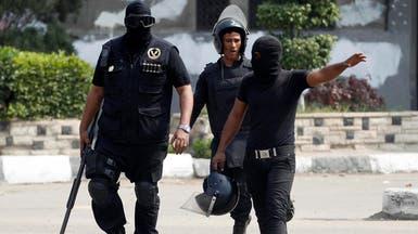 مصر.. مقتل شرطي في هجوم مسلح على سيارة ترحيلات