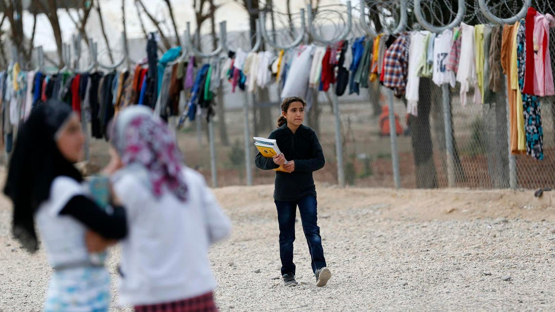 Syrians exiles barred from refugee camps