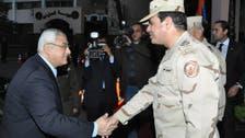 مصر: السلفيون يؤيدون والإخوان يحذرون.. وصباحي يغرّد