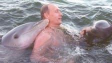 روسی صدر کی کھلے سمندر میں ڈولفن کے ہمراہ پیراکی!