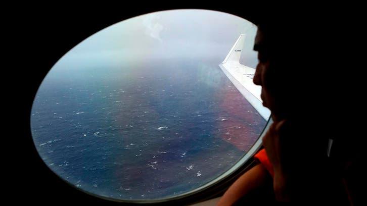 الطائرة المفقودة.. 3 حكومات تتعهد باستمرار البحث