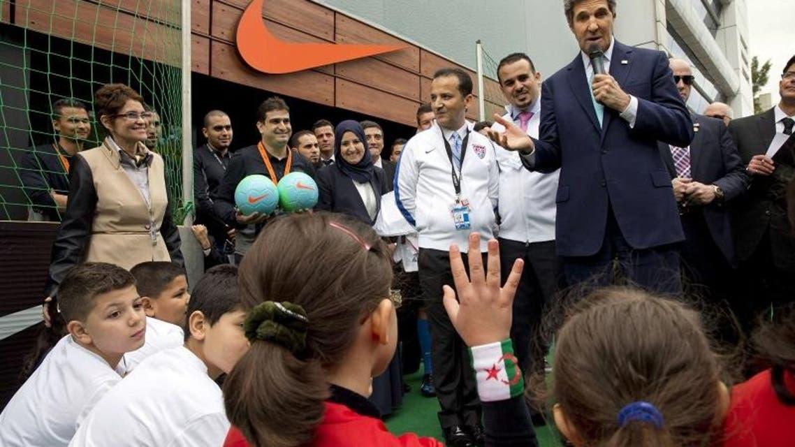 Kerry visits Algiers, Rabat