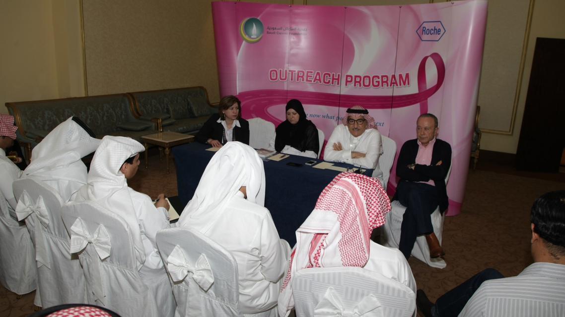 """إطلاق """"يوم الناجيات"""" تشجيعا للمصابات عربيا بالسرطان"""