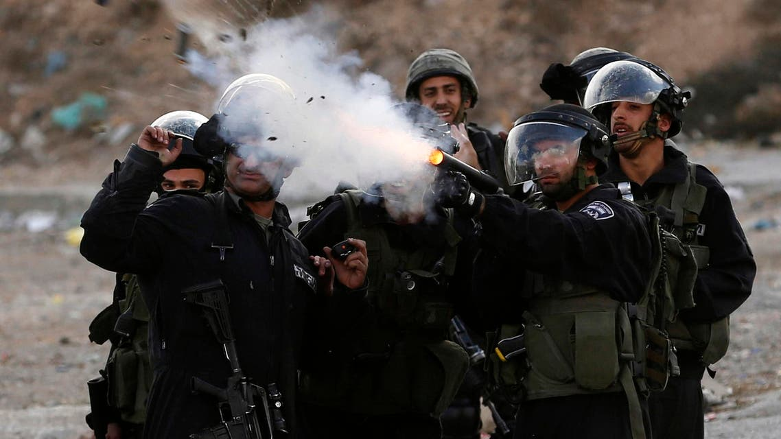 israel fires tear gas reuters