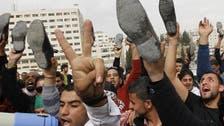 مہنگائی: سابق فوجی نے اردنی وزیراعظم پر جوتا اچھال دیا