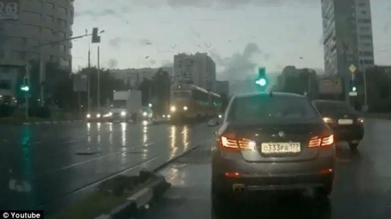 Video: Russian \'ghost car\' appears from nowhere and causes crash ...