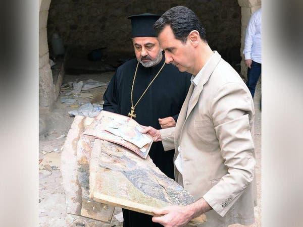"""الأسد في """"معلولا"""" بعد سيطرة قواته عليها"""