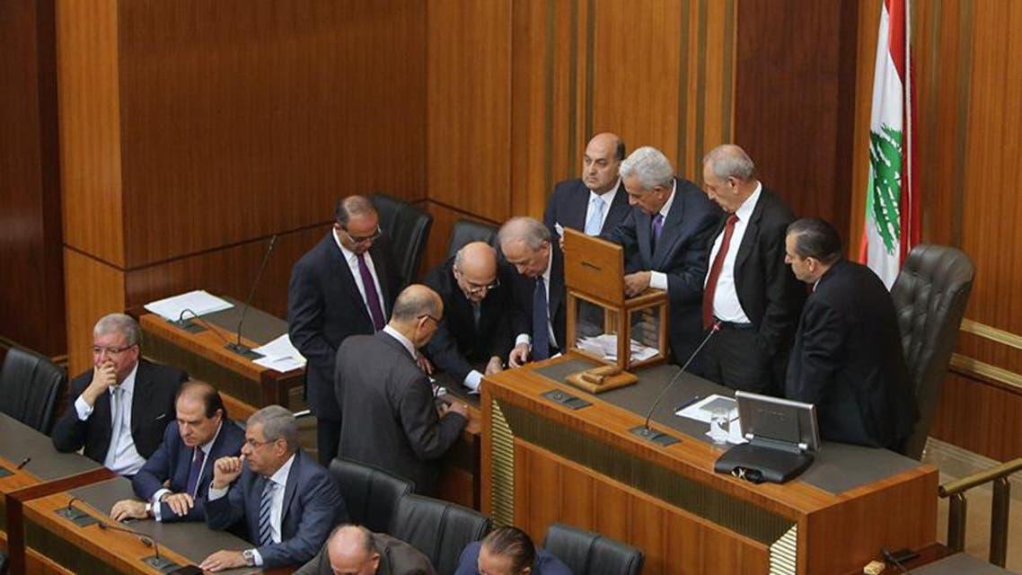 جلسة تصويت لانتخاب رئيس في برلمان لبنان