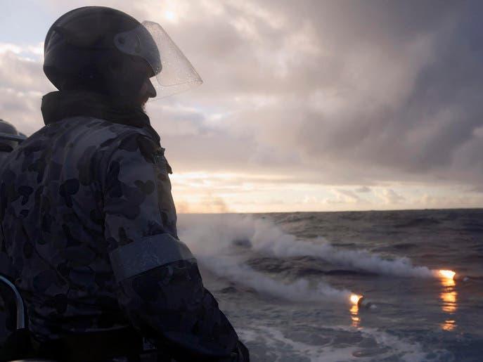 أنقاض شاطئ أستراليا ليست من حطام الطائرة المفقودة