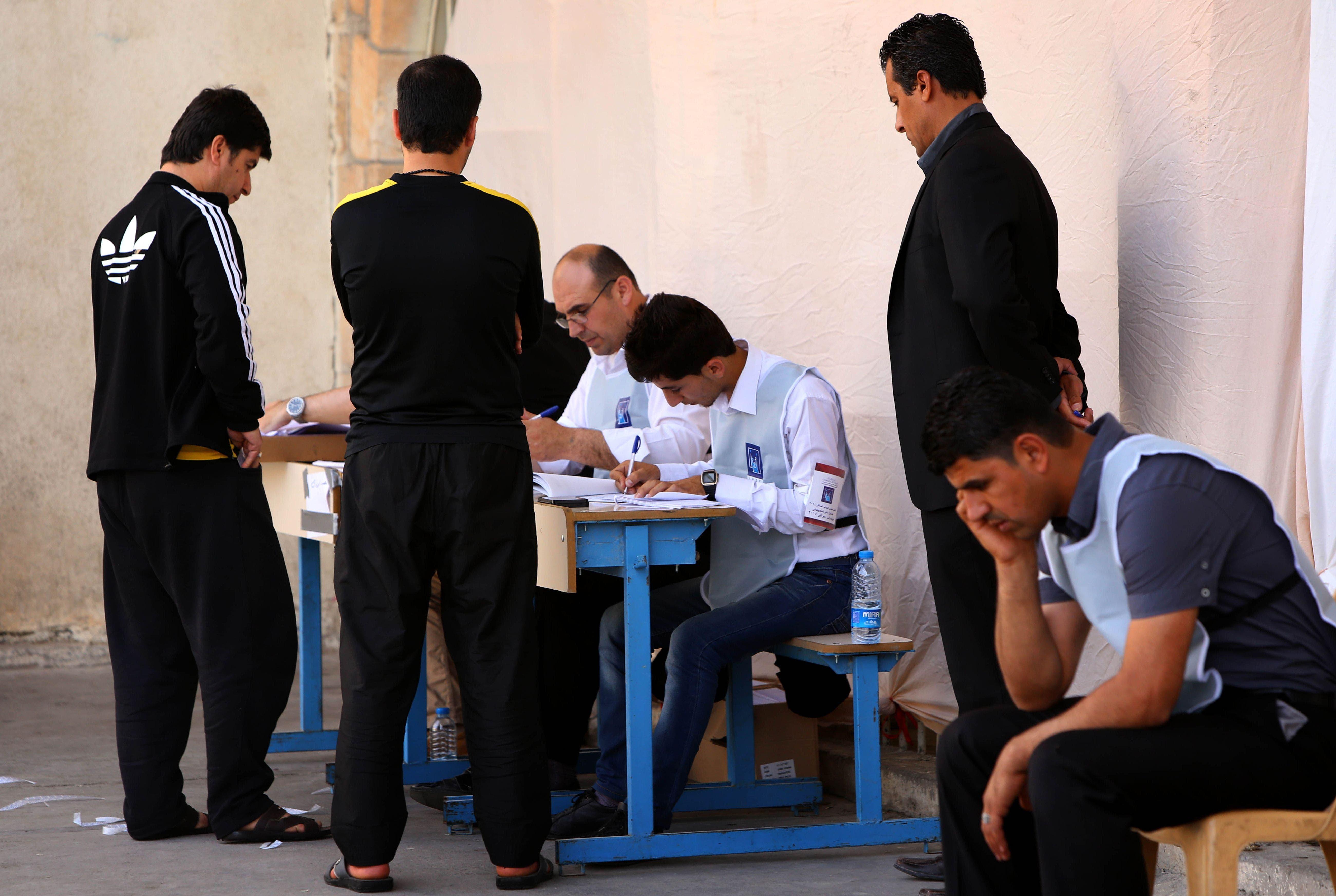 Iraq voting begins
