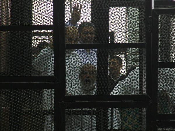 مرشد الإخوان بديع.. هل يؤيد المفتي قرار إعدامه؟