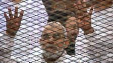 مصر.. تأجيل محاكمة بديع و104 آخرين لـ16 سبتمبر